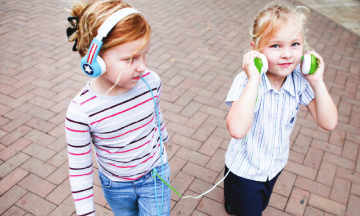buddphones-volume-limiting-headphones-kids-cool-mom-tech